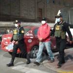 Mujer se lanza de auto para evitar ser secuestrada por su esposo