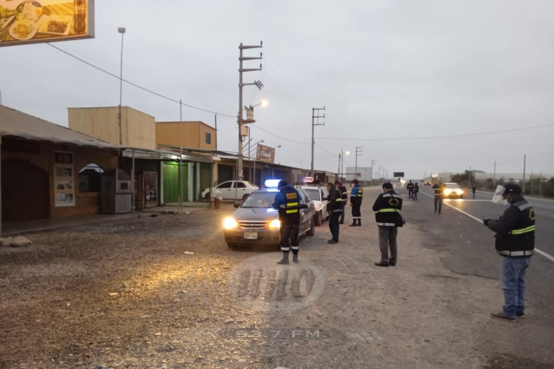 Buses y taxis enviados al depósito por no exigir uso de protector facial
