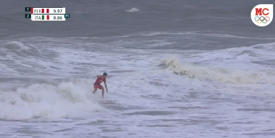 Tokio 2020: Lucca Mesinas clasificó a cuartos de final de surf