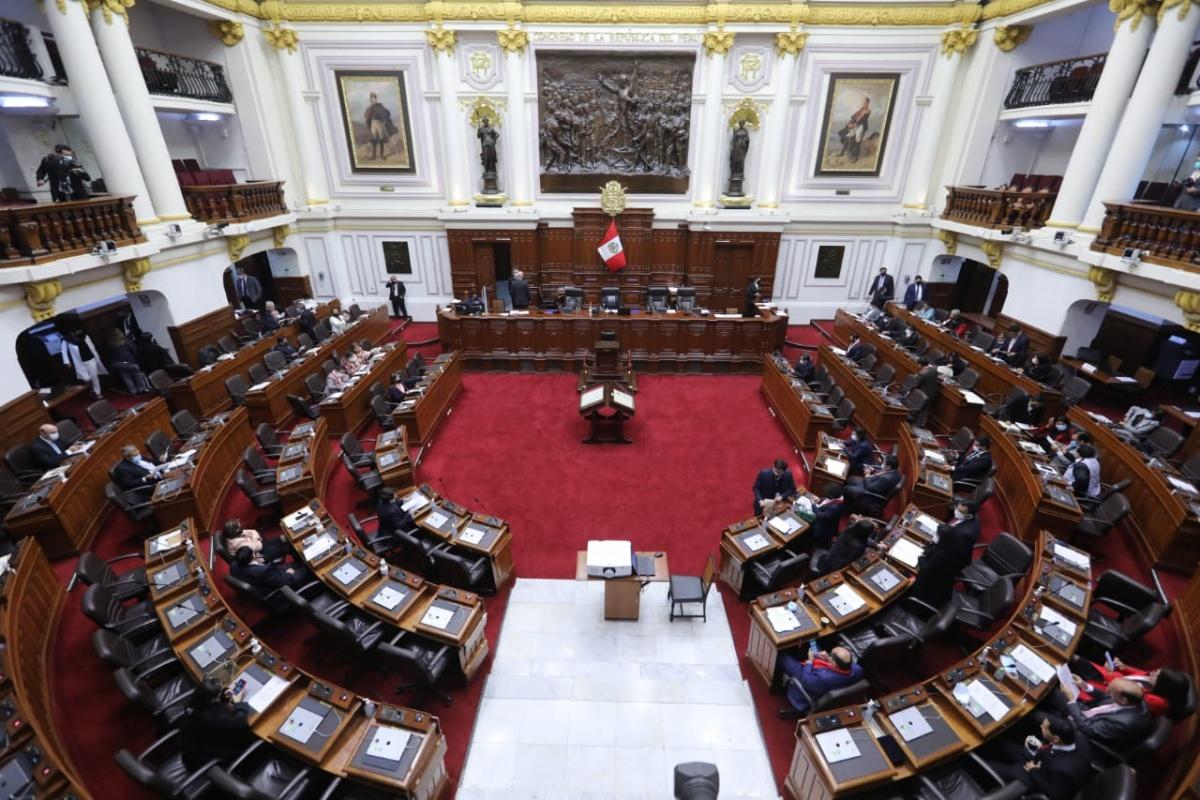 Congreso aprueba texto sustitutorio que interpreta la cuestión de confianza