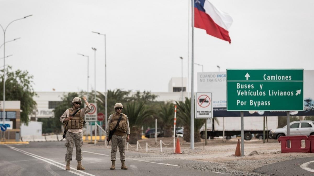 """Alcalde Espíndola considera que eventual reapertura de frontera terrestre sería una """"condena para Arica"""""""